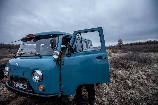 the old Soviet style van, very strong for this kind of ride