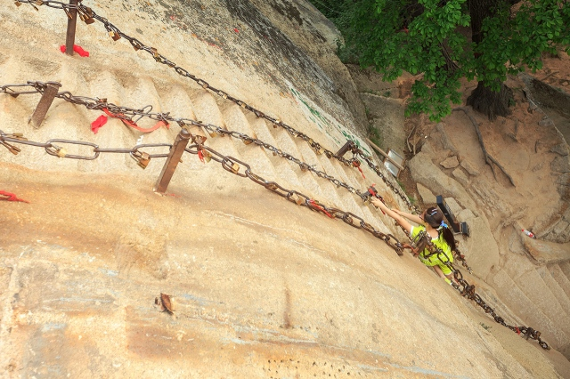 luckily there are chains to grab. its so steep and can be dangerous