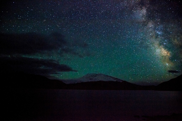 after about an hour, the milky way moved away from the frame of my camera, slowly disappearing