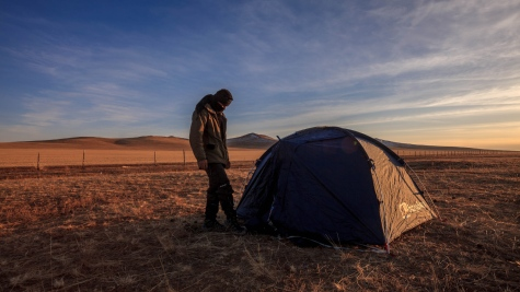 Constructing my hotel on my first night under the Mongolian sky in the steppe of Hustai