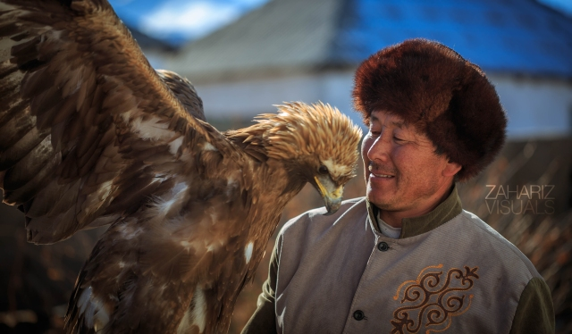 The Kyrgyz hunter and his deadliest eagle, Tumara